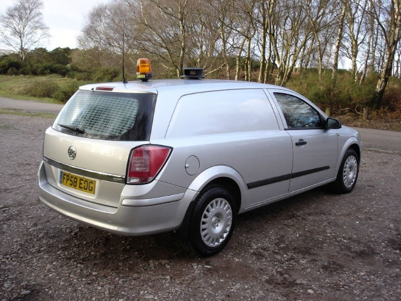 Used Vauxhall Astra Van Club A C 1 Owner In Silver