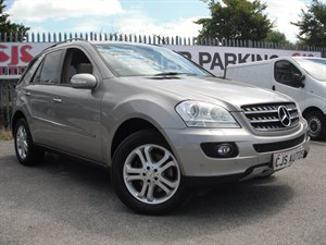 used Mercedes ML320 M CLASS CDI SE 5dr Tip Auto A STUNNING EXAMPLE in Bedminster-Bristol