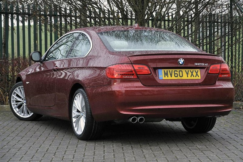 bmw 325d in hungerford oxfordshire compucars. Black Bedroom Furniture Sets. Home Design Ideas