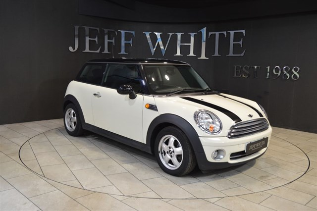 Click here for more details about this MINI Hatch 16 COOPER 3dr