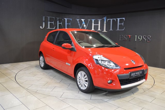 Click here for more details about this Renault Clio 12 16V I-MUSIC 3dr New Model