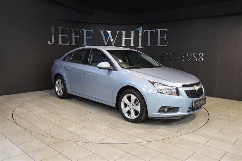 used Chevrolet Cruze 2.0 VCDi LT 4dr in cardiff-south-wales