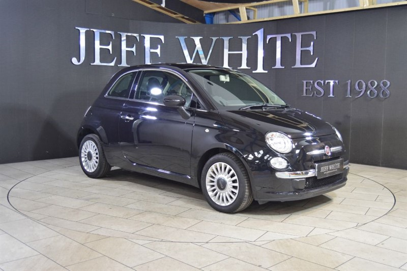 used Fiat 500 0.9 TWINAIR LOUNGE 3dr in cardiff-south-wales