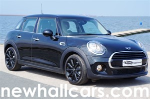 used MINI Hatch COOPER D with Sat Nav in wirral