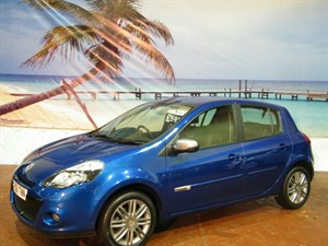 used Renault Clio Dynamique Tom 5dr in South-Wales