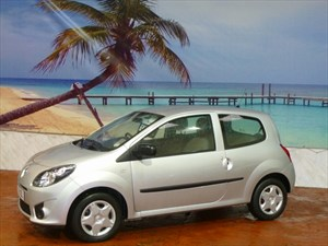 used Renault Twingo 1.2 16V Bizu 3dr in South-Wales