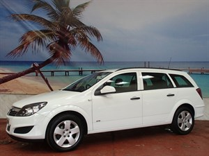 used Vauxhall Astra CDTi 16V ecoFLEX Life [110] 5dr [AC] in South-Wales