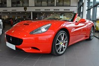 Used Ferrari California 2dr ROSSO WITH CREMA JUST SERVICED
