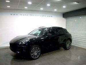 "used Porsche Macan S PDK ""MASSIVE SPEC"" In Stock in west-yorkshire"
