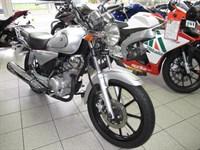 Used Yamaha YBR 125 Custom Learner Legal