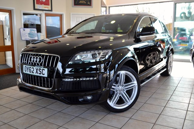 used Audi Q7 TDI QUATTRO S LINE PLUS WITH PANORAMIC ROOF in forest-of-dean-gloucestershire