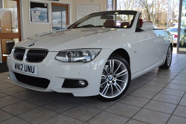 used BMW 325i M SPORT CONVERTIBLE WITH RED LEATHER AND NAVIGATION in forest-of-dean-gloucestershire