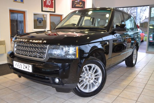 used Land Rover Range Rover TDV8 VOGUE VERY HIGH SPECIFICATION  in forest-of-dean-gloucestershire