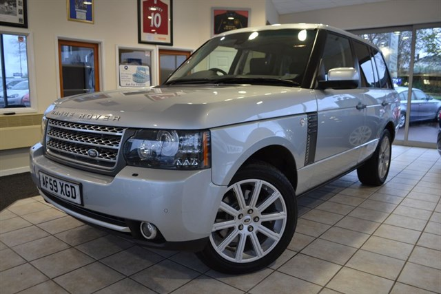 used Land Rover Range Rover TDV8 VOGUE SE FULL LANDROVER SERVICE HISTORY in forest-of-dean-gloucestershire