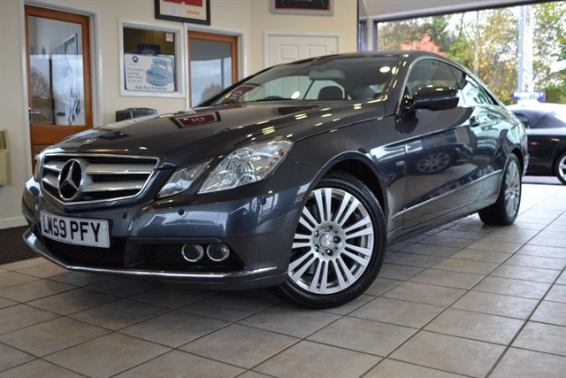 used Mercedes E350 CDI BLUEEFFICIENCY SE COUPE WITH COMMAND NAVIGATION AND LEATHER in forest-of-dean-gloucestershire