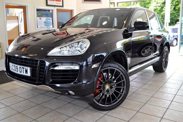 used Porsche Cayenne TURBO S-TIPTRONIC PORSCHE SERVICE HISTORY 28000 MILES in forest-of-dean-gloucestershire