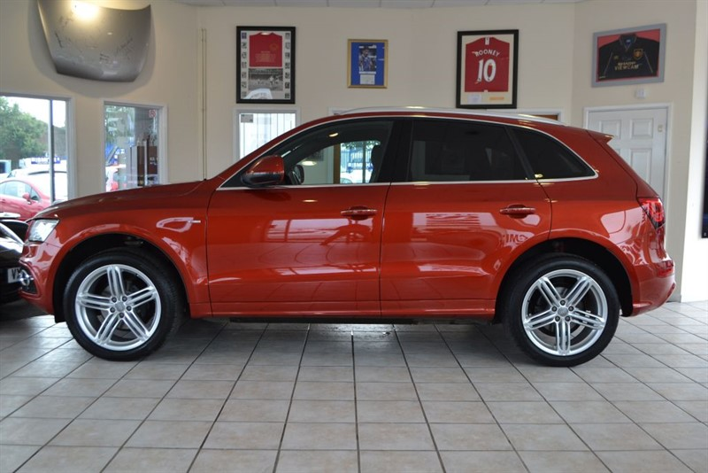 used Audi Q5 TDI QUATTRO S LINE PLUS WITH JUST ONE OWNER FROM NEW in forest-of-dean-gloucestershire