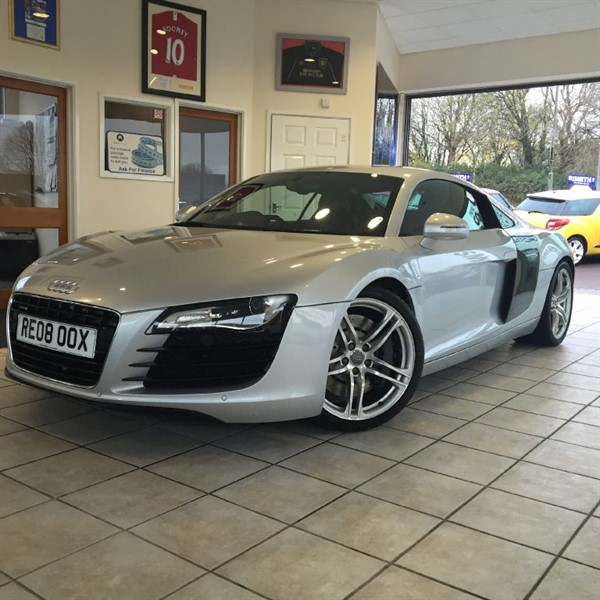 used Audi R8 QUATTRO WITH MAGNETIC RIDE+CARBON BLADES in forest-of-dean-gloucestershire