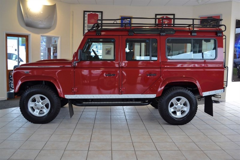 used Land Rover Defender 2.2 110 TD XS 7 SEAT STATION WAGON in forest-of-dean-gloucestershire