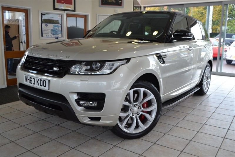 used Land Rover Range Rover Sport SDV6 AUTOBIOGRAPHY DYNAMIC ONE OWNER PANORAMIC ROOF in forest-of-dean-gloucestershire