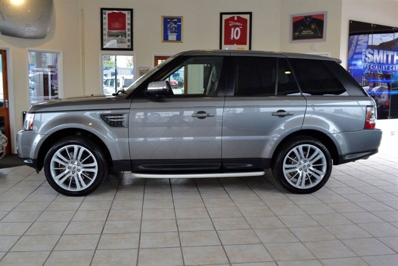 used Land Rover Range Rover Sport 3.0 TDV6 HSE COMPLETE WITH FULL SERVICE HISTORY in forest-of-dean-gloucestershire