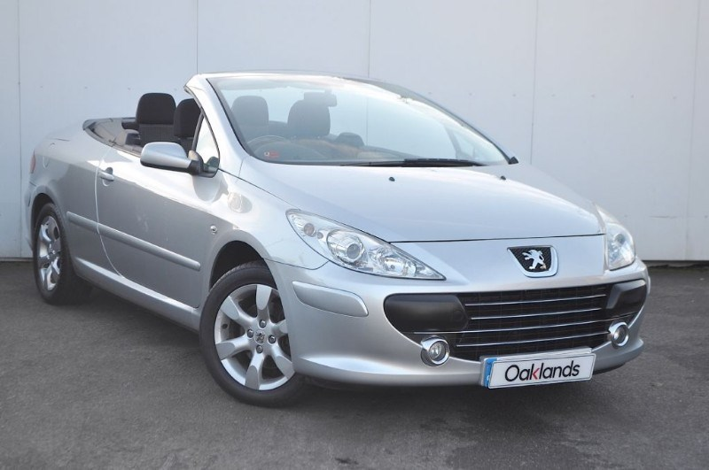 peugeot 307 2 0 s coupe cabriolet for sale in clevedon bristol. Black Bedroom Furniture Sets. Home Design Ideas