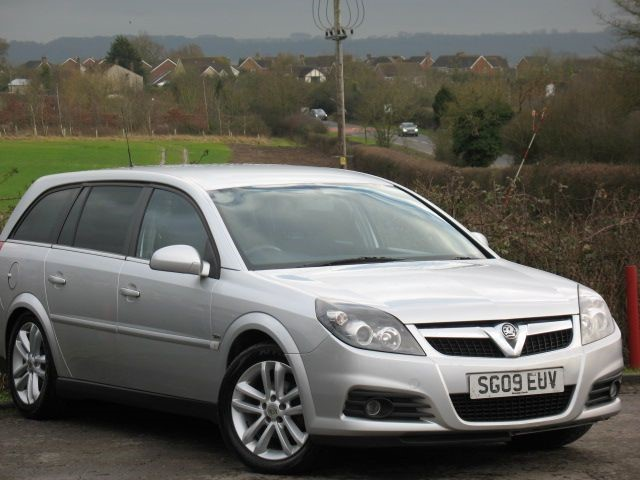 Used Star Silver Vauxhall Vectra For Sale Wiltshire