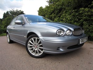 used Jaguar X-Type SOVEREIGN V6 AWD in guildford-surrey