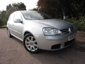 Click here for more details about this Volkswagen Golf SPORT TDI