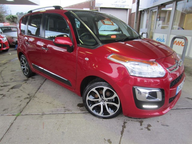 used Citroen C3 Picasso EXCLUSIVE HDI in surrey