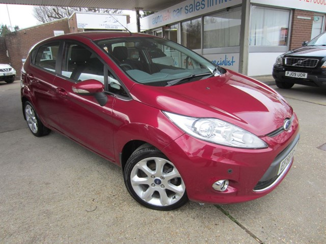 used Ford Fiesta ZETEC TDCI in surrey