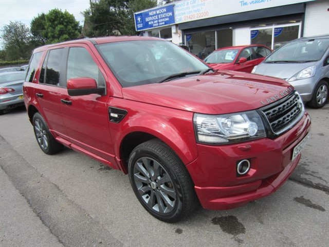 used Land Rover Freelander SD4 DYNAMIC in surrey