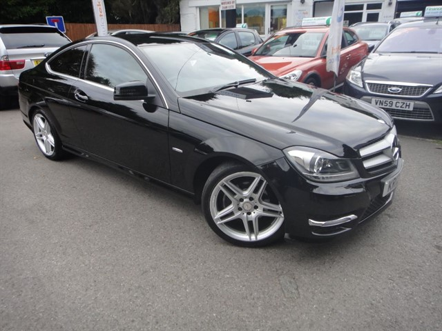 used Mercedes C220 CDI BLUEEFFICIENCY AMG SPORT in surrey