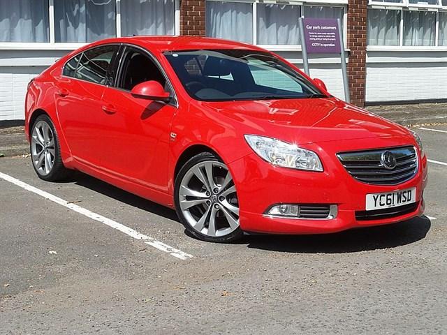 used Vauxhall Insignia SRI NAV VX-LINE RED CDTI ECOFLEX in guildford-surrey
