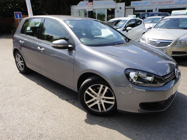 used VW Golf SE TSI DSG in guildford-surrey