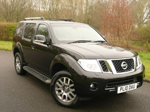 used Nissan Pathfinder TEKNA DCI in swindon-wiltshire