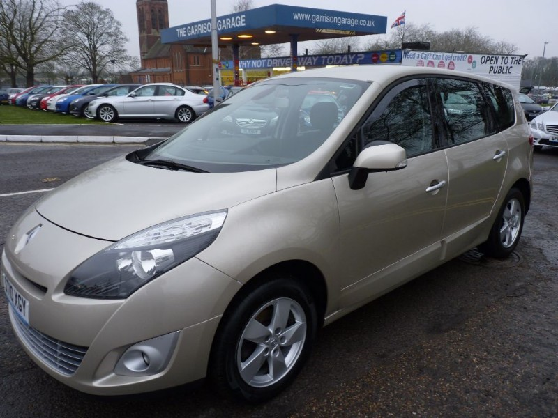 Used gold renault grand scenic for sale hampshire for Grand garage feray renault