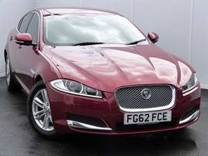 used Jaguar XF D LUXURY SATELLITE NAVIGATION in swansea-south-wales