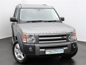 used Land Rover Discovery 3 TDV6 HSE REAR ENTERTAINMENT in swansea-south-wales