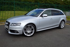 used Audi A4 Avant TFSI QUATTRO S LINE ** JAM PACKED WITH EXTRAS!! ** in Mid-Glamorgan