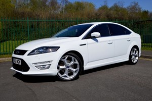 used Ford Mondeo 2.2 TDCI TITANIUM X SPORT *SAT-NAV+MEGA SPEC+BEST COLOUR* in Mid-Glamorgan