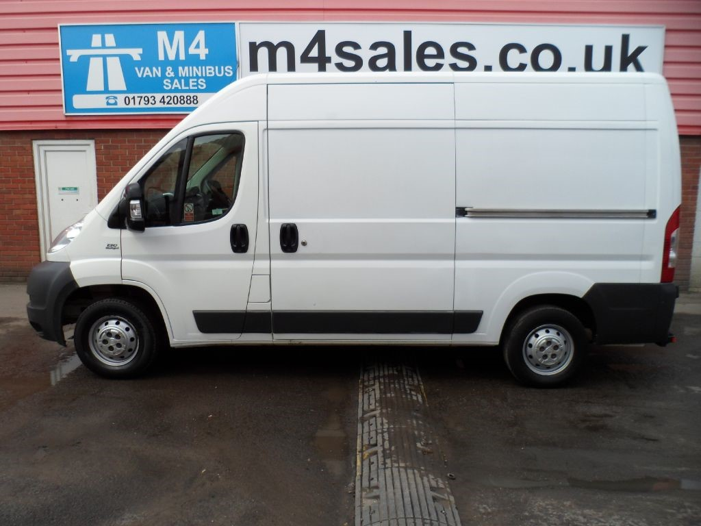 used white 2013 fiat ducato for 7 995 vat wiltshire. Black Bedroom Furniture Sets. Home Design Ideas