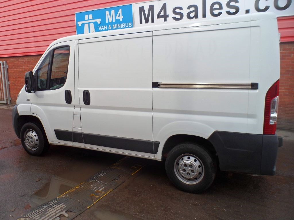 used white 2010 fiat ducato for 8 995 vat wiltshire. Black Bedroom Furniture Sets. Home Design Ideas