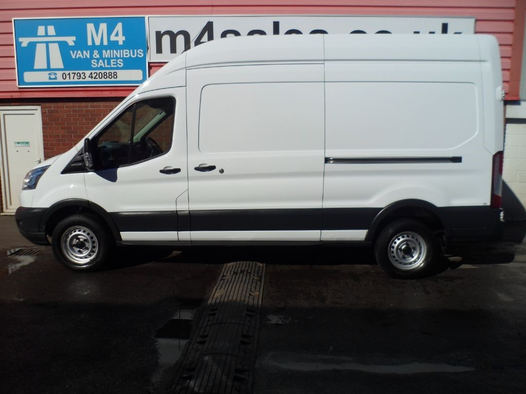 used white 2014 ford transit for 11 995 vat wiltshire. Black Bedroom Furniture Sets. Home Design Ideas