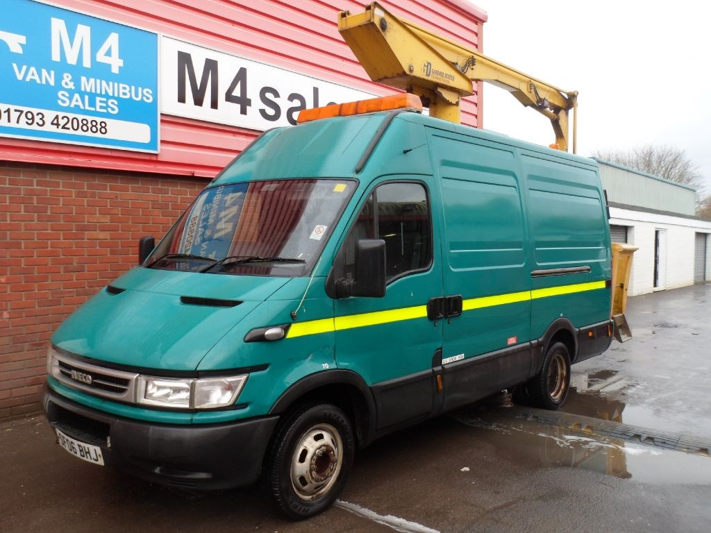 used green 2006 iveco daily for 7 995 vat wiltshire. Black Bedroom Furniture Sets. Home Design Ideas