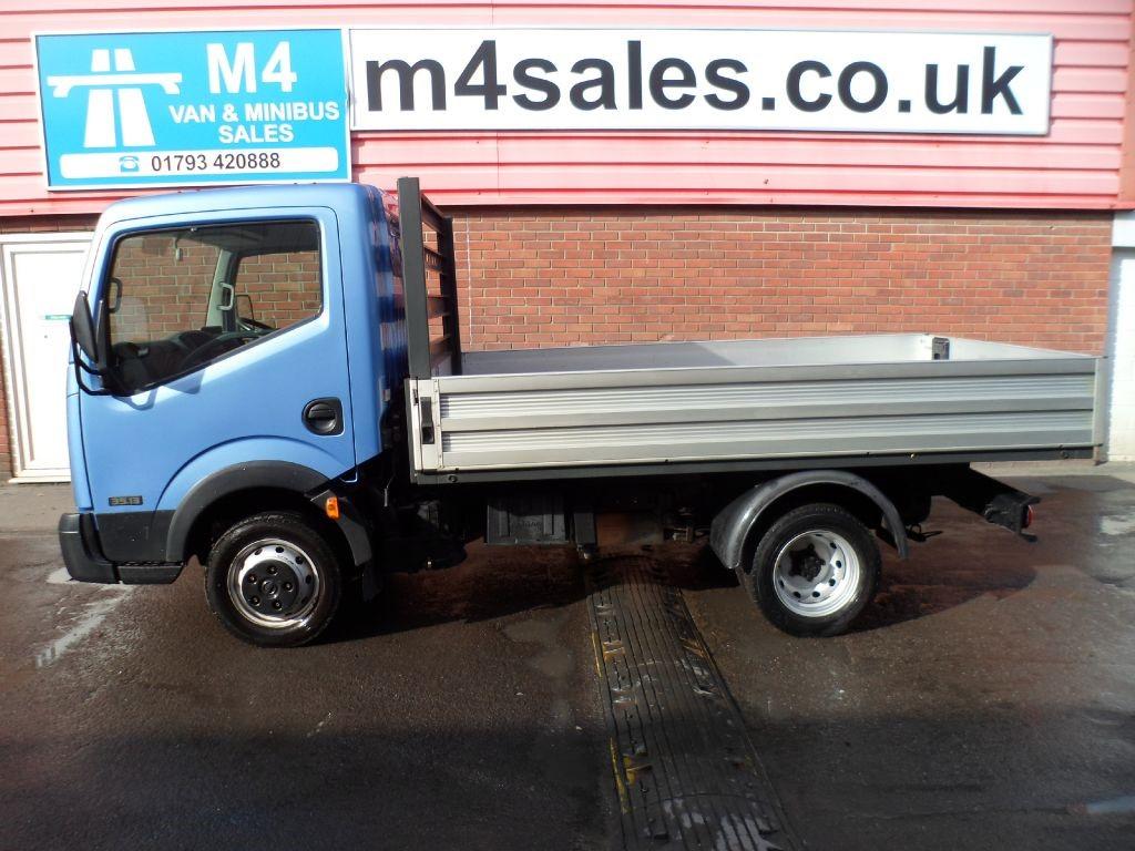 used blue 2011 nissan cabstar for 11 995 vat wiltshire. Black Bedroom Furniture Sets. Home Design Ideas