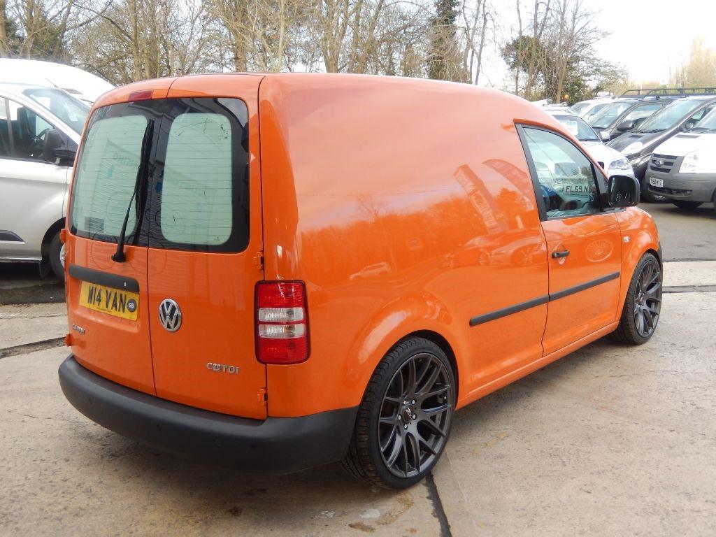 used orange 2014 vw caddy for 10 995 wiltshire. Black Bedroom Furniture Sets. Home Design Ideas