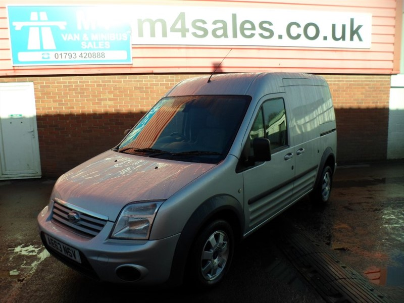 used Ford Transit Connect T230 LIMITED HR LWB 110PS A/C in wiltshire
