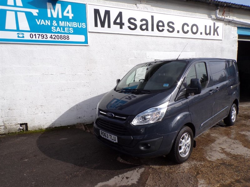 used Ford Transit Custom 270 LIMITED LOW ROOF SWB WITH A/C 125PS in wiltshire