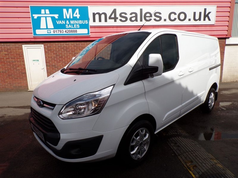 used Ford Transit Custom 270 LIMITED L/R SWB 155PS A/C in wiltshire